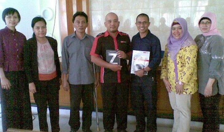 Foto Bareng Para Dosen Fakultas Ekonomi UNTAN Pontianak