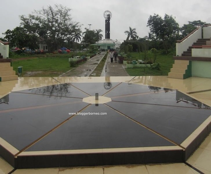 Titik Equator Baru Tugu Khatulistiwa Pontianak
