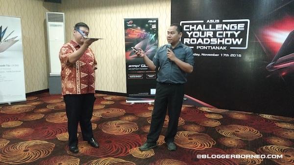 Presentasi ZenBook 3 ASUS Challenge Your City Pontianak