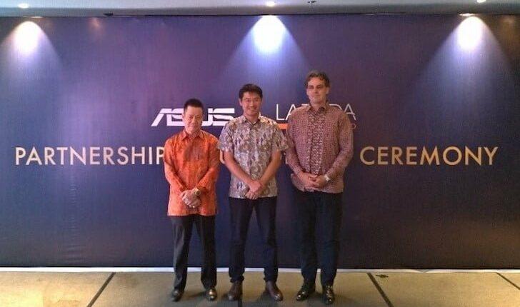 Foto Bersama antara Representative of ASUS, Lazada dan Sat Nusa Persada