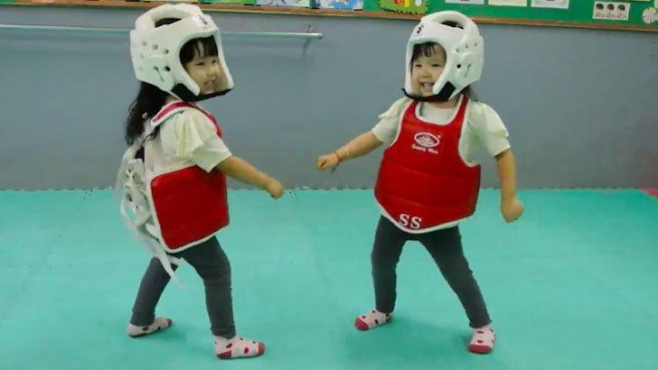 Pertarungan Seru 2 Taekwondo Cilik