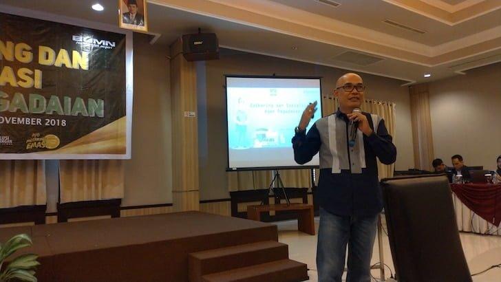 Kepala PT Pegadaian Persero Cabang Pontianak Ade Harsono